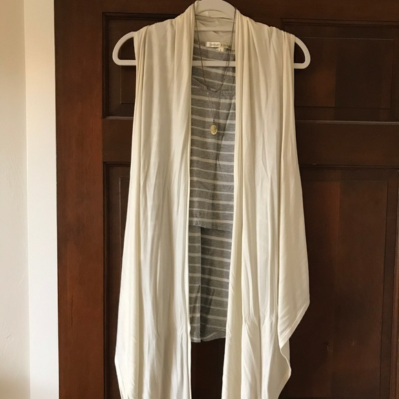 Elan Jackets & Blazers - Long Flowing Soft Vest